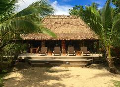 Oneta Resort - Ono Island - Patio