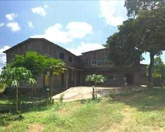Dream resort farm - Pakse - Building