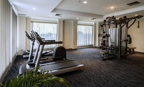 Royal Kuningan Hotel - South Jakarta - Gym