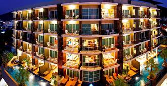 Andakira Hotel - Patong - Edificio