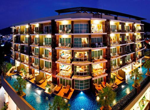 Andakira Hotel - Bãi biển Patong - Toà nhà
