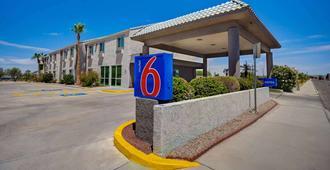 Motel 6 Lake Havasu City - Lakeside - Lake Havasu City - Edificio