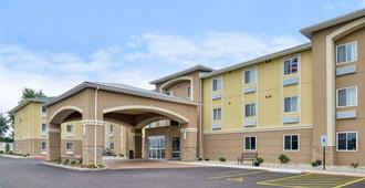 Comfort Inn and Suites Springfield - Springfield - Building
