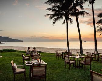 The Surin Phuket (SHA Plus+) - Choeng Thale - Schlafzimmer