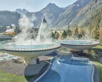 Aqua Dome - Tirol Therme Längenfeld - Längenfeld - Piscină