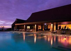 Intercontinental Fiji Golf Resort & Spa - Natadola - Pool