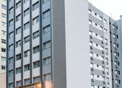 Bourbon Londrina Business Hotel - Londrina - Building