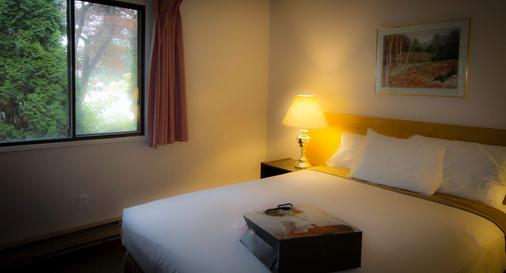 Recreation Inn And Suites - Kelowna - Bedroom