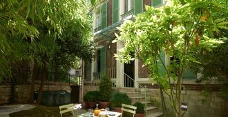 Maison Lepic - Paris - Innenhof