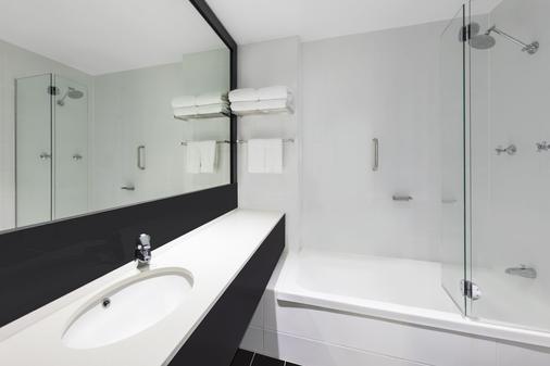 Vibe Hotel Gold Coast - Surfers Paradise - Phòng tắm