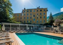 Savoy Hotel - Brides-les-Bains - Pool