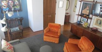 Lovely Apartment Steps From The Beach. - Long Beach - Sala