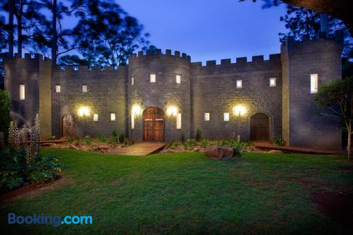 The Castle on Tamborine - Mount Tamborine - Building