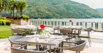 أوبيرج ديسكفري باي هونج كونج - Hong Kong - مطعم
