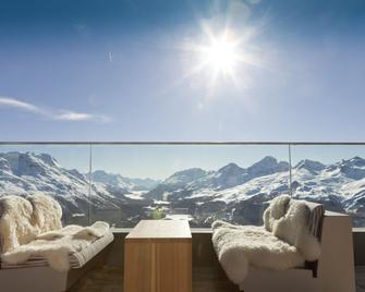 Romantik Hotel Muottas Muragl - Samedan - Balkon