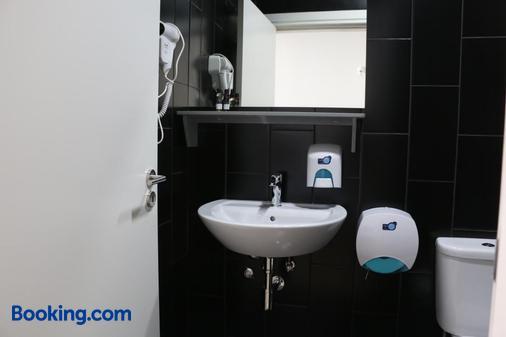 波爾圖良途旅舍 - 波爾圖 - 浴室