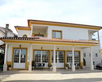 Ninho do Falcao - Tomar - Building