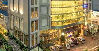 阿莫斯舒適酒店及會議中心 - 雅加達 - 南雅加達 - 建築