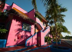 Del Sol Beachfront Hotel And Condos - Akumal - Building