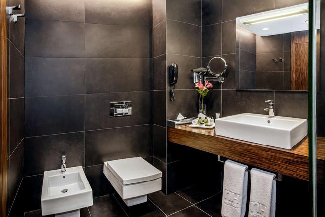 NH Collection Olomouc Congress - Olomouc - Phòng tắm