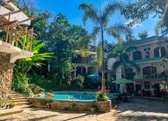 Hotel Paraiso Encantado - Xilitla - Patio