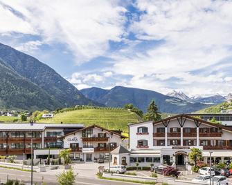 Hotel Clara - Brixen - Building