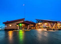 Best Western Valdez Harbor Inn - Valdez - Byggnad