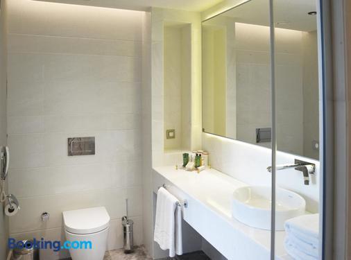 CVK Taksim Hotel Istanbul - Istanbul - Bathroom