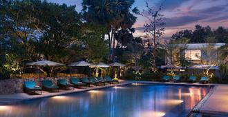 Hillocks Hotel & Spa - סיאם ריפ - בריכה