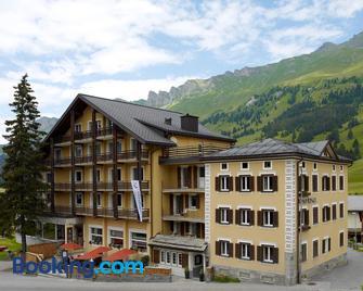 Hotel Alpina Parpan - Churwalden - Building