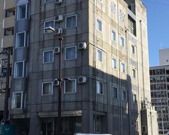 Asahi City Inn Hotel - Takaoka - Gebouw