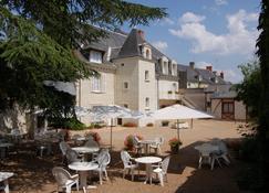 Le Manoir De La Giraudière - Chinon - Building
