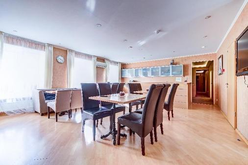 Polikoff Business Hotel - Saint Petersburg - Dining room