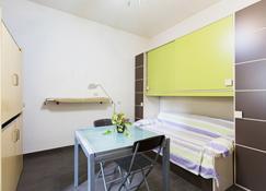 Monfenera's Studios - Palermo - Wohnzimmer