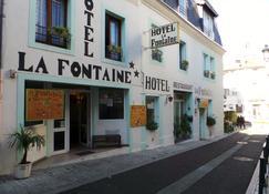 Hôtel La Fontaine - Lourdes - Building