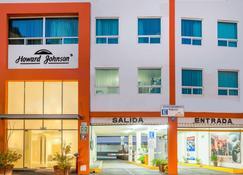 Howard Johnson by Wyndham Guanajuato Leon Avenida - León - Building