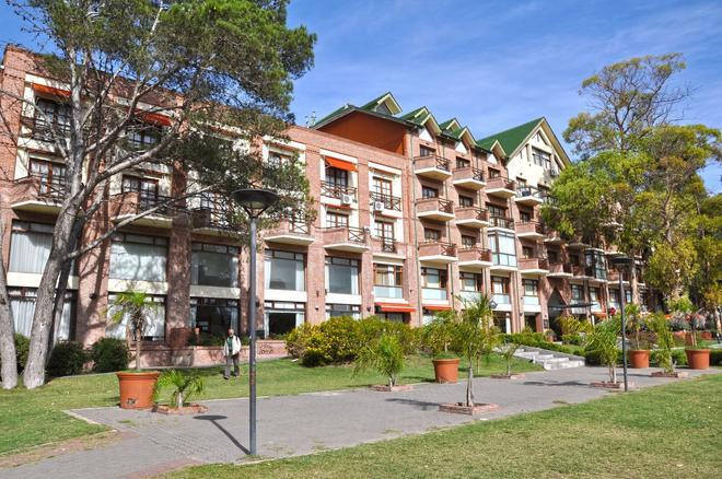 Green Sea Apart Hotel - Pinamar - Building