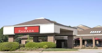 Ramada by Wyndham Raleigh - Raleigh - Building