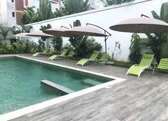 Residence Awale Abidjan - Abidjan - Pool