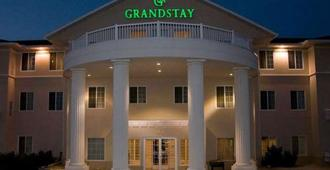 GrandStay Hotel & Suites Madison - Madison
