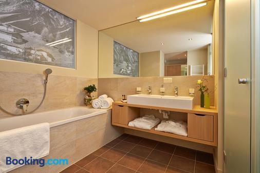 Alpeiner Nature Resort Tirol - Neustift im Stubaital - Bathroom