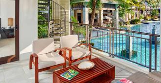 Pullman Port Douglas Sea Temple Resort And Spa - Port Douglas - Parveke