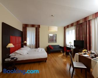 Hotel Guglielmo - Catanzaro - Camera da letto