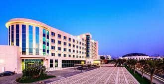 Crowne Plaza Muscat Ocec, An Ihg Hotel - מוסקט