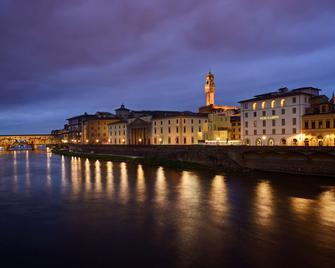 Hotel Balestri - Florence - Building