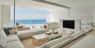Viceroy Ocean View Apartment With Hotel Services - San José del Cabo - Living room