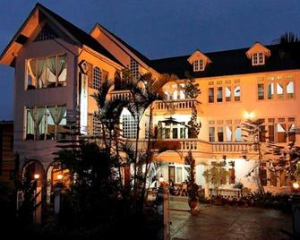 Dream Villa Hotel - Kalaw - Building