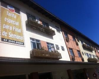 Mime Hotel - Blumenau - Gebäude