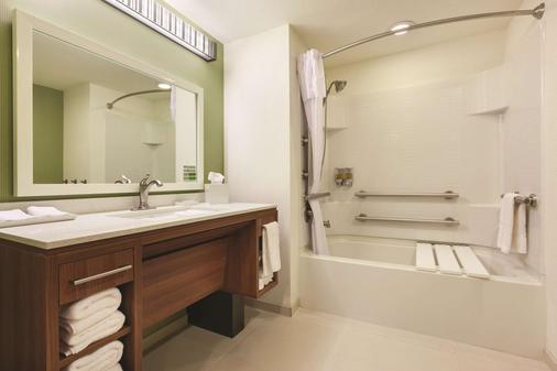 Home2 Suites by Hilton College Station - College Station - Μπάνιο