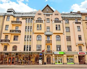 Rigaapartmentcom Gertruda Apartments & Restaurant - Riga - Building